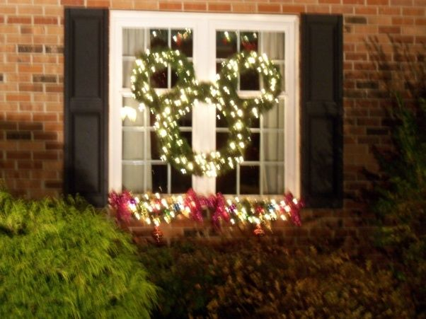 Disney Outdoor Christmas Decorations | Christmas Light Ideas .