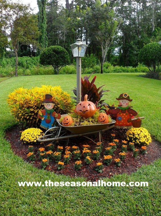 15 DIY Outdoor Fall Decor Projects for Your Gard