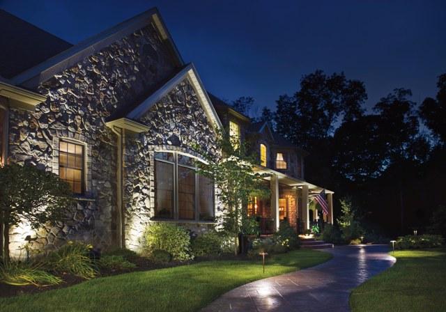 Outdoor Landscape Lighting System | LED Lighting Displa