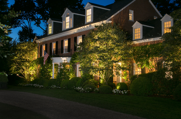 Outdoor Landscape Lighting in Fairfield County CT | Summer Ra