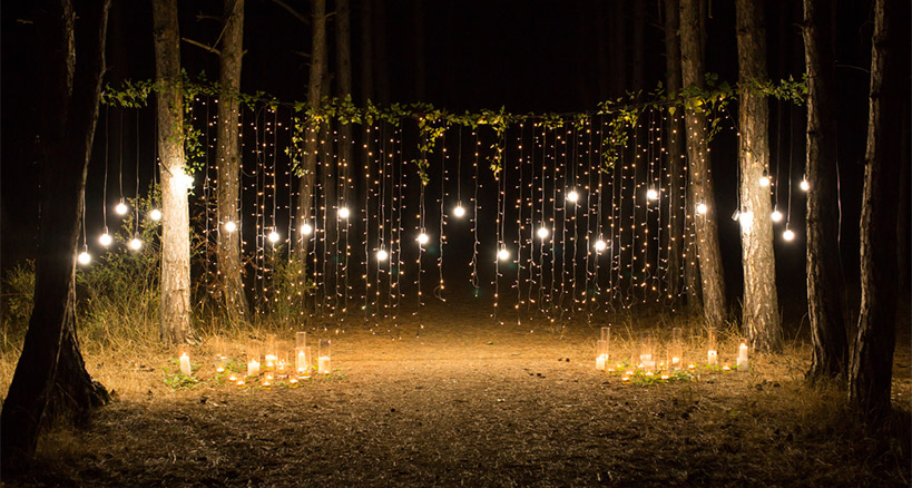 Strategic Uses for Outdoor Lighting for a Great Outdoor Eve