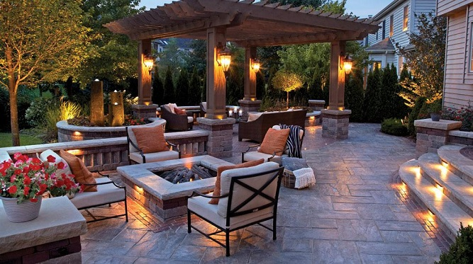 Add Hardscapes to Your Outdoor Living Spa