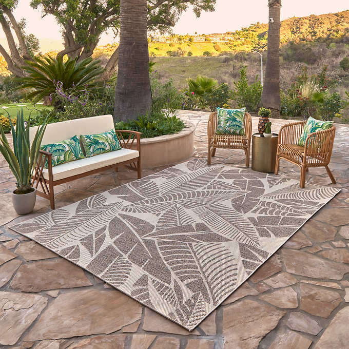 Studio by Brown Jordan Indoor/Outdoor Rug, Hermosa Leav