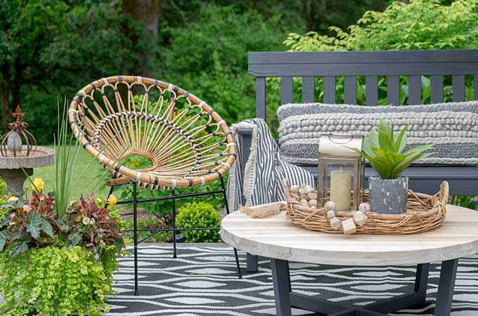 Sophisticated Bohemian Outdoor Setting | Outdoor settings, Outdoor .