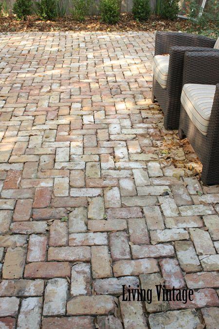 25 Cool Patio Floor Ideas for Outdoor 20