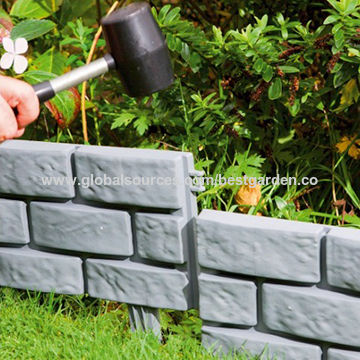 China Pack of 4 Brick Effect Garden Edging, Made of Plastic .
