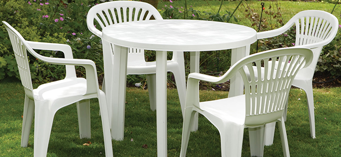 House window glass replacement: Plastic patio furniture che