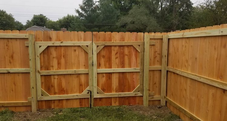 Privacy Fencing Installation | Privacy Fence Installers .