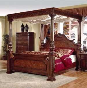 Cherry wood queen canopy bedroom set. Beautiful. | Canopy bedroom .