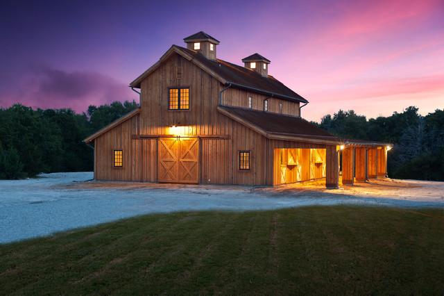 TJCH Barn - Farmhouse - Shed - Dallas - by Tim Jackson Custom Hom