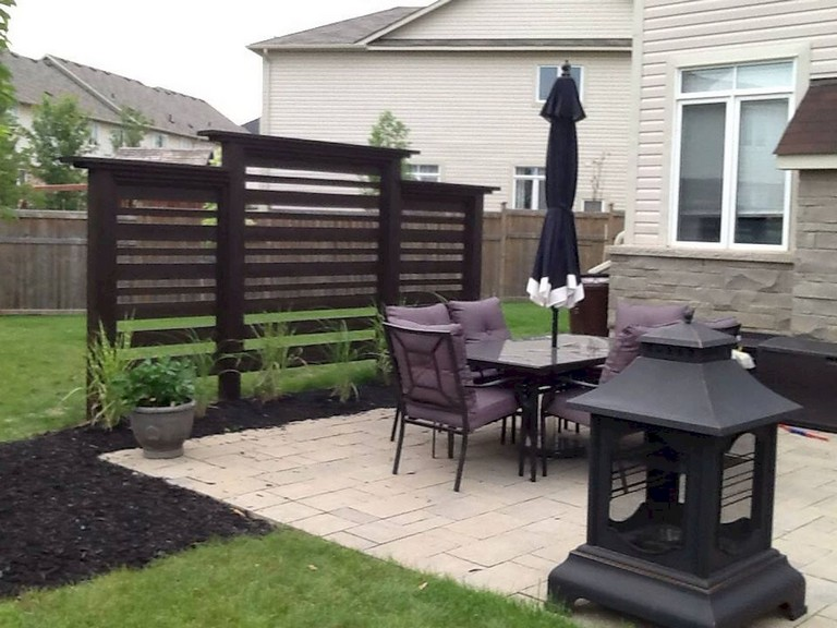 73+ Simple Backyard Privacy Fence Design Ide