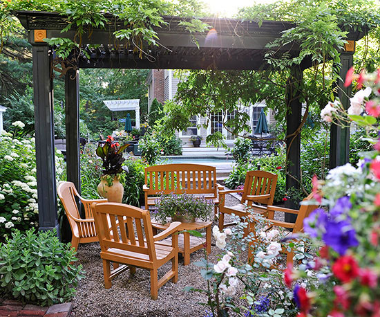 Small Garden Ideas | Better Homes & Garde