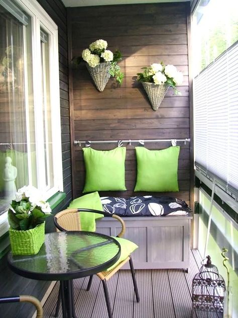 Fresh & Fabulous Front Porch and Patio Ideas | Small porch .