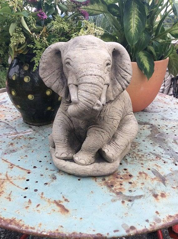 Large stone elephant garden ornament statue | Et