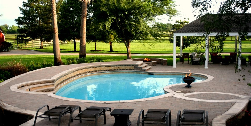 Swimming Pool Design Ideas - Landscaping Netwo