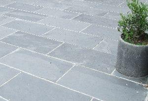 Black/Grey Slate Paving Patio Garden Slabs Slab Tile - Images .