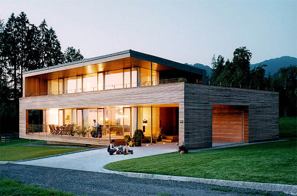 Austrian Wooden Houses: Timber-clad, inside and o