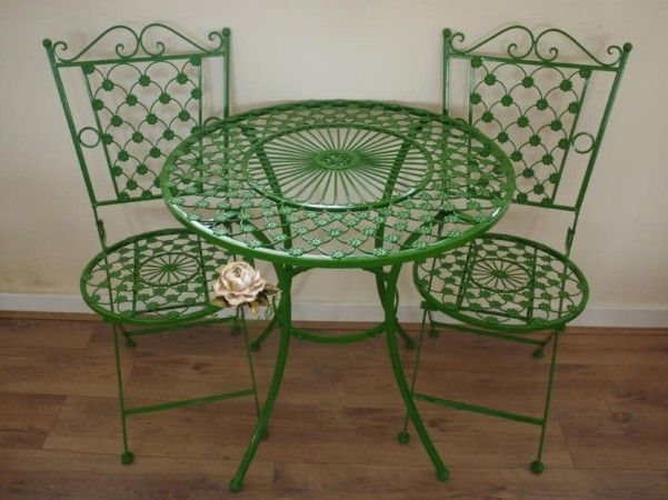 Green Wrought Iron Patio Furniture … | Patio furniture makeover .